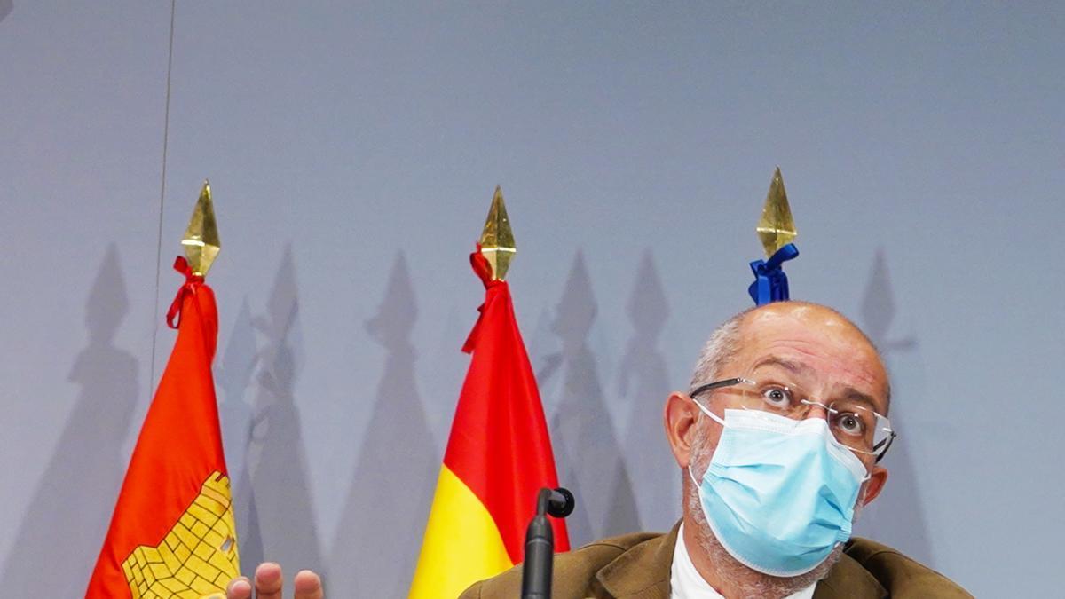 El vicepresidente Igea durante una rueda de prensa.