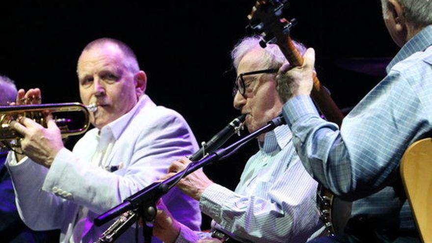 El Swing i el Jazz més improvisats sedueixen els Jardins de Cap Roig de la mà de Woody Allen