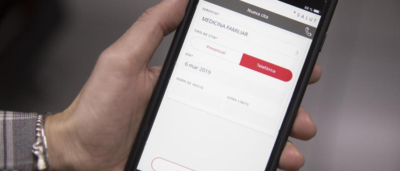 La app de Sanidad ya incluye la opción de consulta telefónica.
