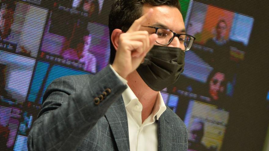 CC acusa a Torres de 'perdonar' al Estado 400 millones de carreteras