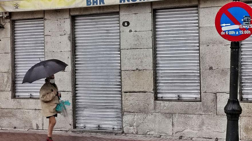 El sector de Cangas se movilizará en la calle y el alcalde habla de castigo político