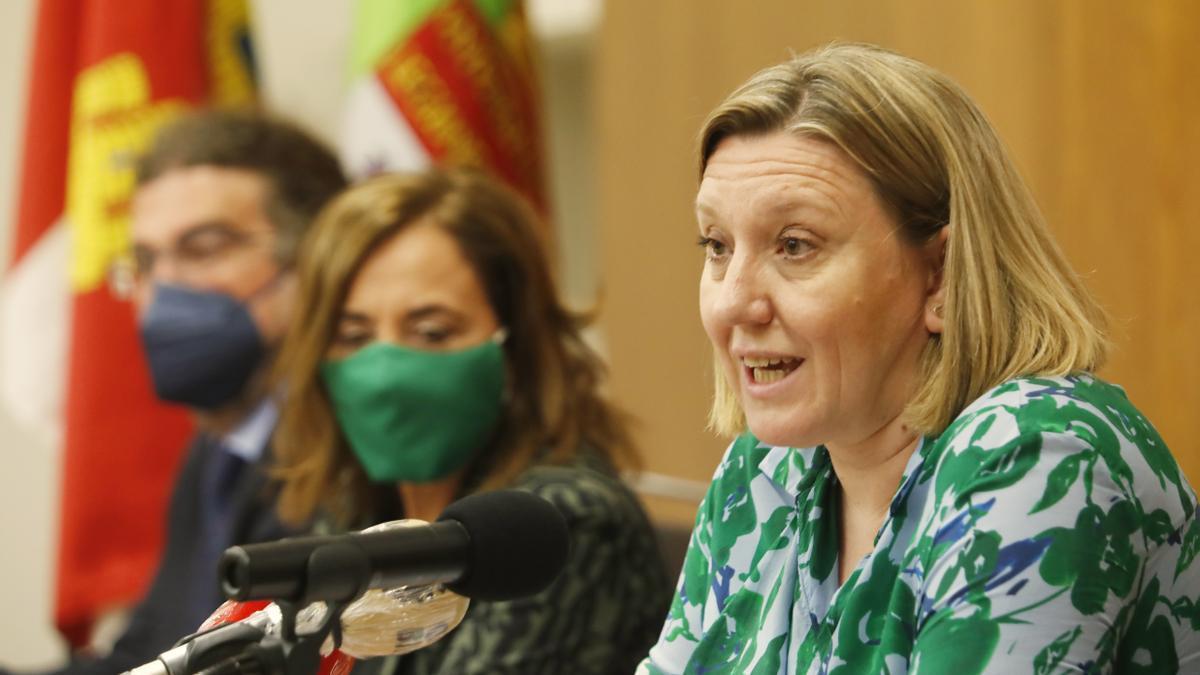 La consejera Isabel Blanco en una rueda de prensa.
