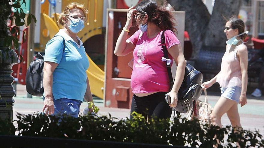 Alzira impone solo 18 multas por no llevar mascarilla antes de elevar el rigor punitivo