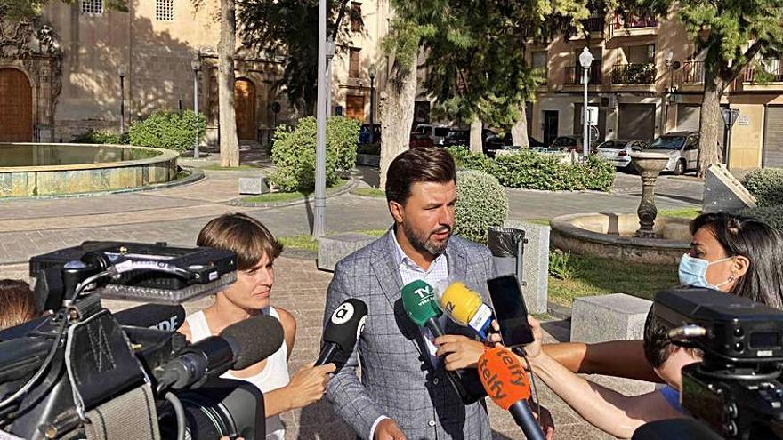 Cs asegura que no consentirá el «autoritarismo» del alcalde