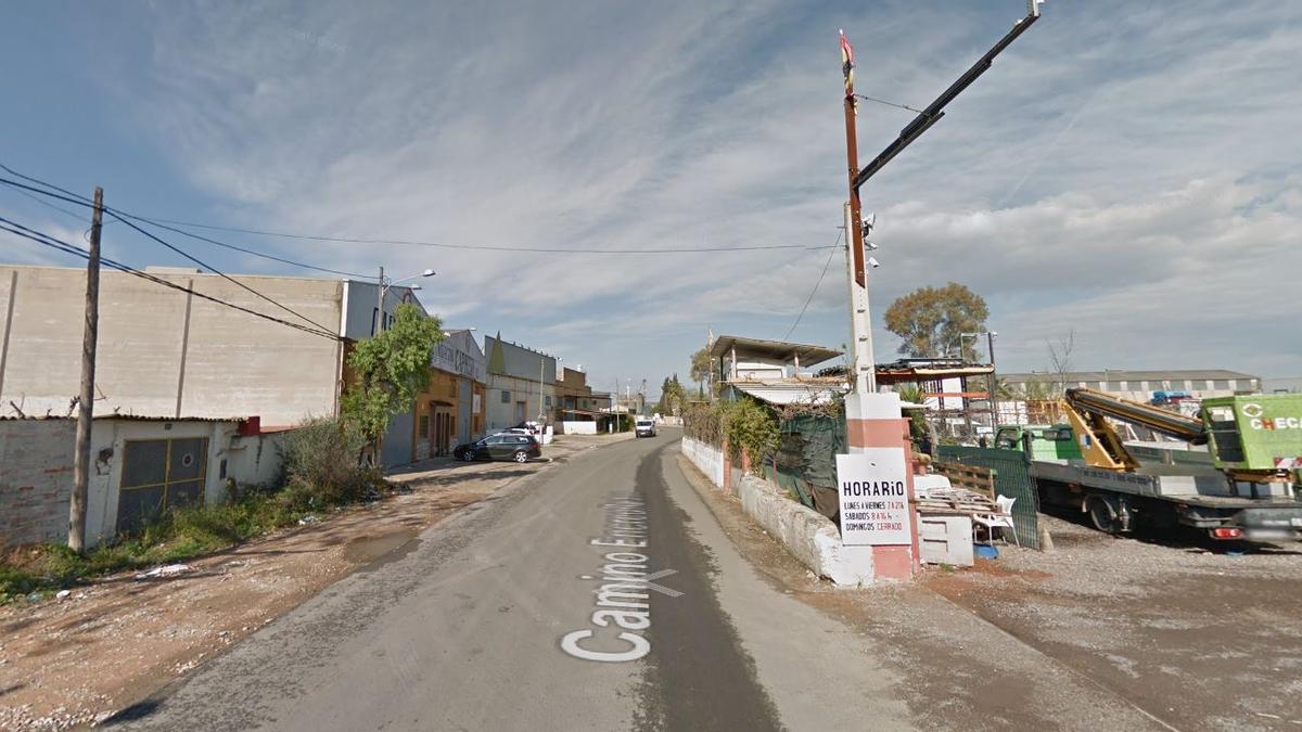 El accidente se produjo en una de las calles del polígono El Coscollar, de Aldaia