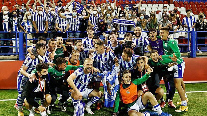 Algeciras, Burgos, Amorebieta y Real B siguen adelante