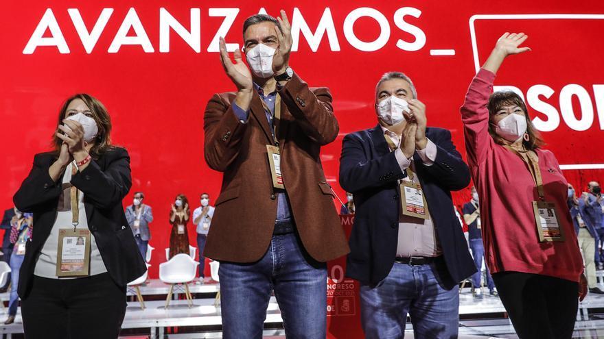 Sánchez dissenya una Executiva renovada amb sis ministres i un 60% de dones