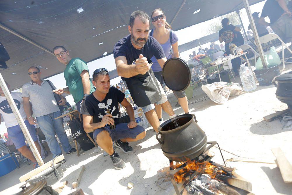Concurso de 'all i pebre' en Catarroja