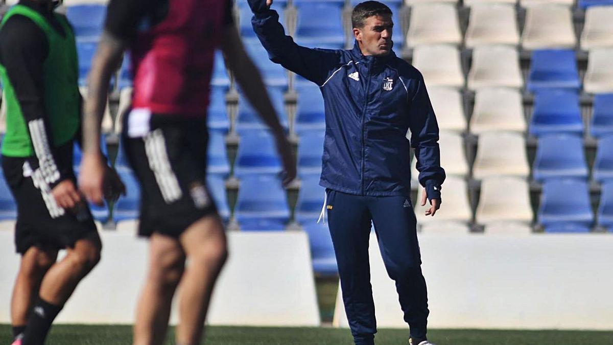 Luis Carrión en la sesión de entrenamiento de ayer.