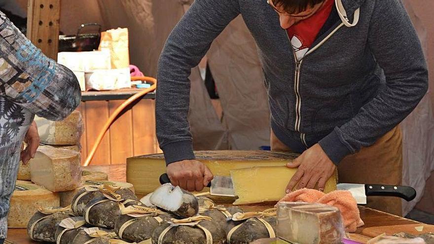 El bolet, reclam d'una fira amb vint artesans i productors