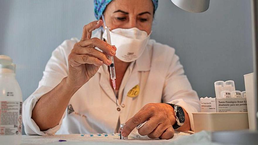 El Sergas inicia el ensayo clínico pediátrico de la vacuna de Pfizer en menores de 12 años