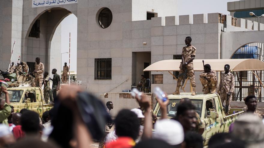 Cinco miembros de la Inteligencia sudanesa fallecen en una redada contra una célula del EI
