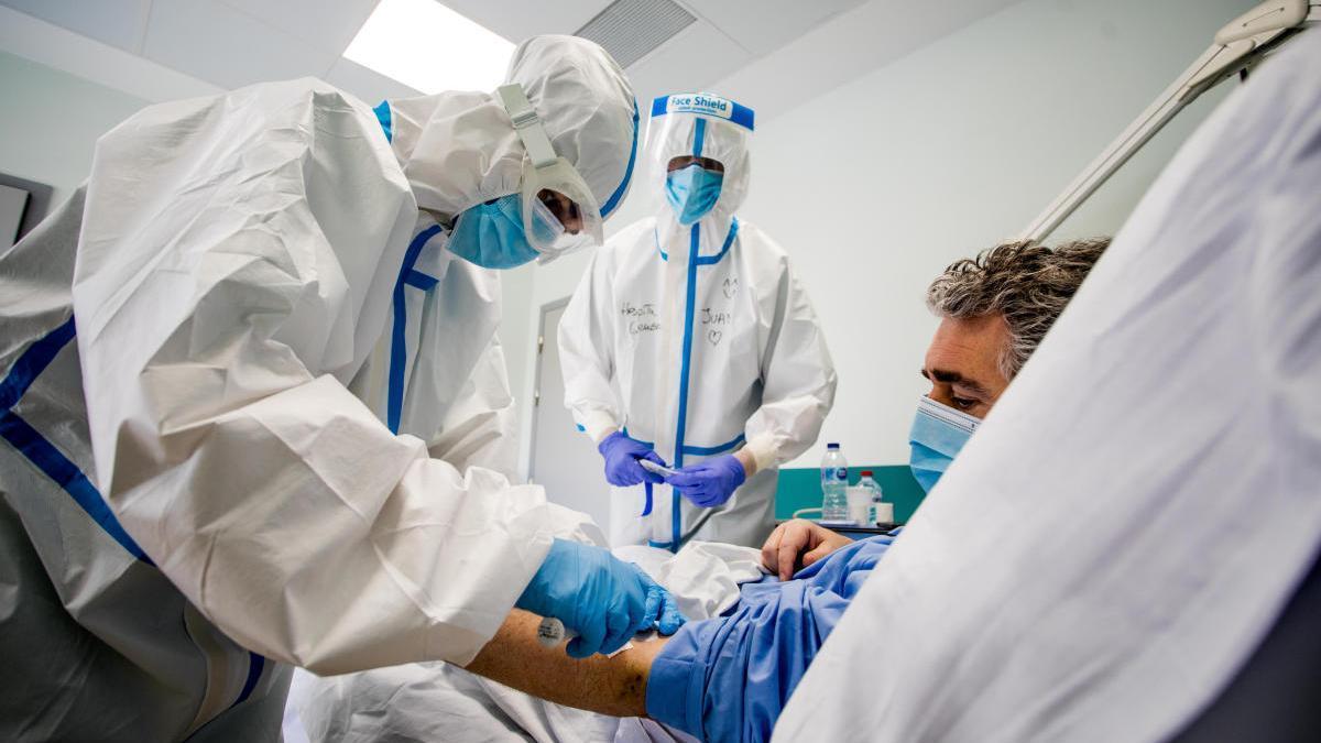 Las UCI valencianas viven el primer día sin ingresos y reducen los pacientes a 102