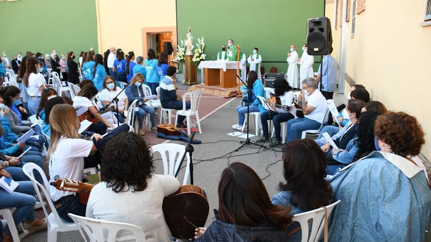 Las purisimeras de Vila-real celebran los 50 años de campamentos estivales