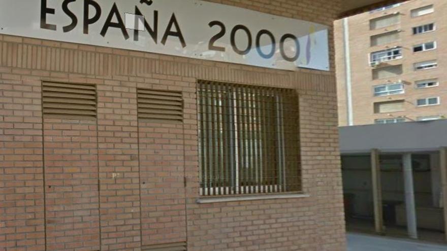 Detinguts un conegut neonazi i un vigilant de seguretat per la pallissa a un jove al carrer Serpis de València