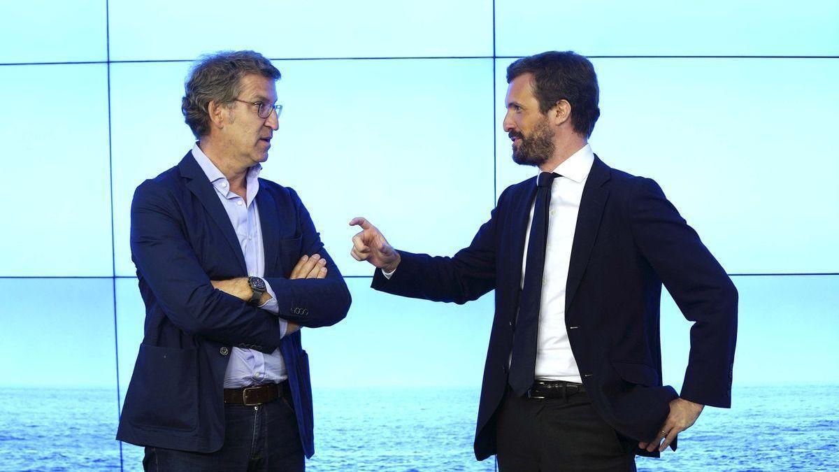 Casado y Feijóo se reúnen en Génova tras las críticas del líder gallego por el cambio de sede