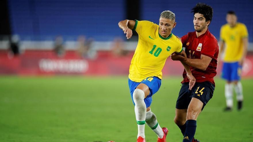 """Carlos Soler: """"Unos penaltis hubieran sido lo más justo"""""""