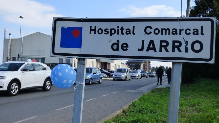 Las operaciones caen en Jarrio un 29% en cuatro años, pero crece la lista de espera