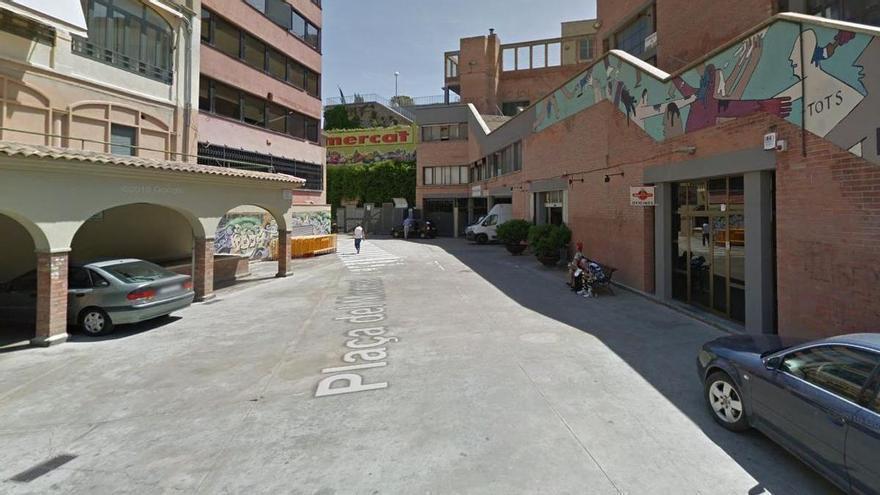 Una baralla acaba amb un ferit a la plaça de Puigmercadal de Manresa