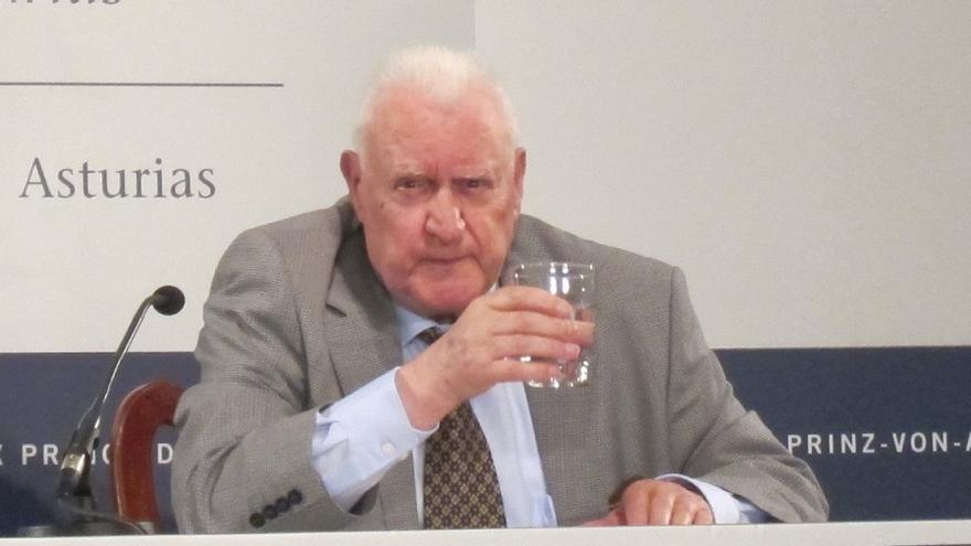 Bocairent declara un día de luto por el fallecimiento de su hijo adoptivo Joseph Pérez, premio Príncipe de Asutrias 2014