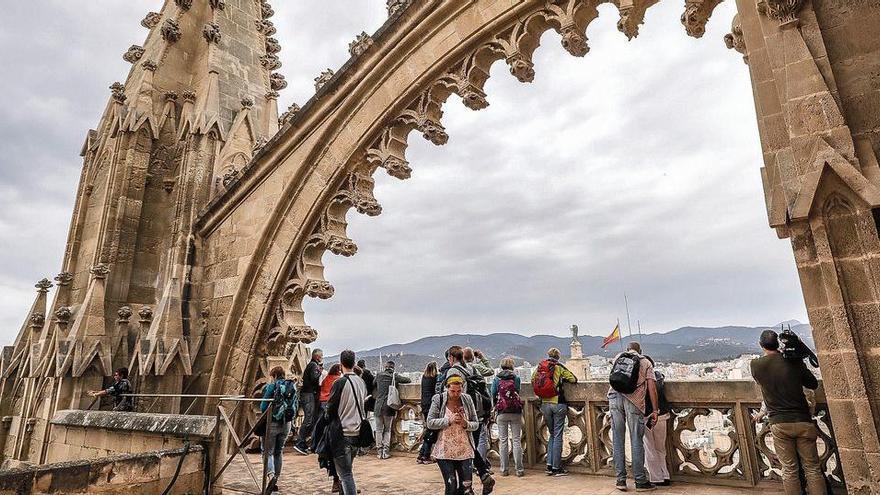 Wieder Besuche auf dem Dach der Kathedrale von Palma möglich
