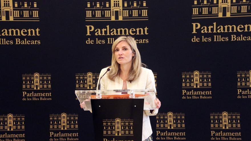 El cambio en la portavocía de Ciudadanos queda en el aire ante la inexistencia del acta que pide el Parlament