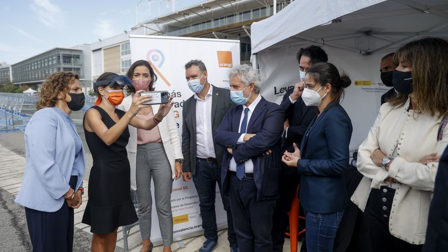 La ministra Reyes Maroto experimenta el proyecto 5G y Turismo