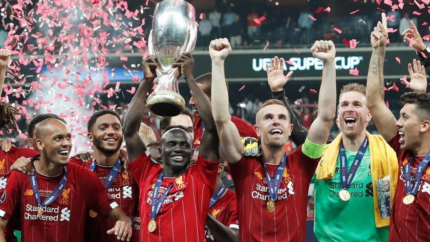 La UEFA estudia que la Supercopa de Europa se dispute con público