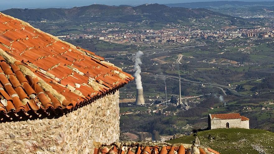 Pulsu de poder nel Monsacru ente'l monasteriu de San Vicente y la Catedral d'Uviéu