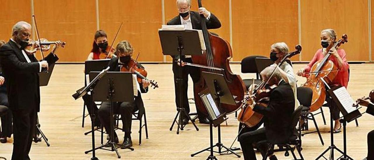 Los músicos, durante el concierto.   Luisma Murias