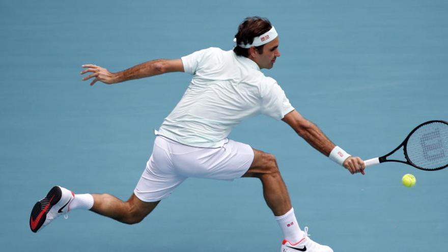 Federer vence a Isner y se proclama campeón en Miami