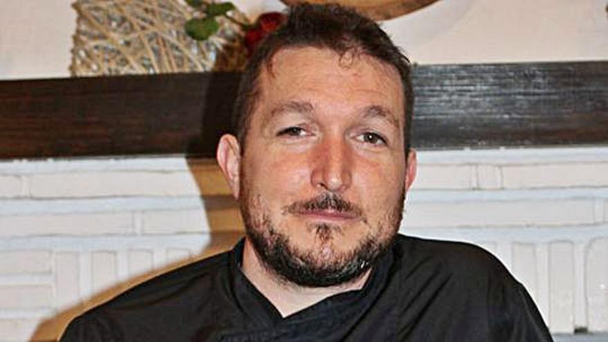 Rafael Juárez Castro «Se debe promocionar la variedad y riqueza de nuestra gastronomía»