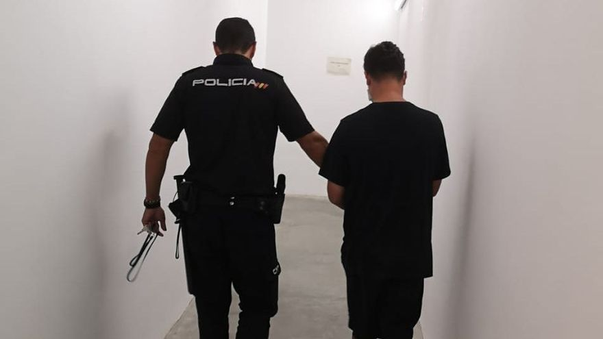 Detenido en Ibiza por el robo con violencia de dos relojes valorados en 63.000 euros