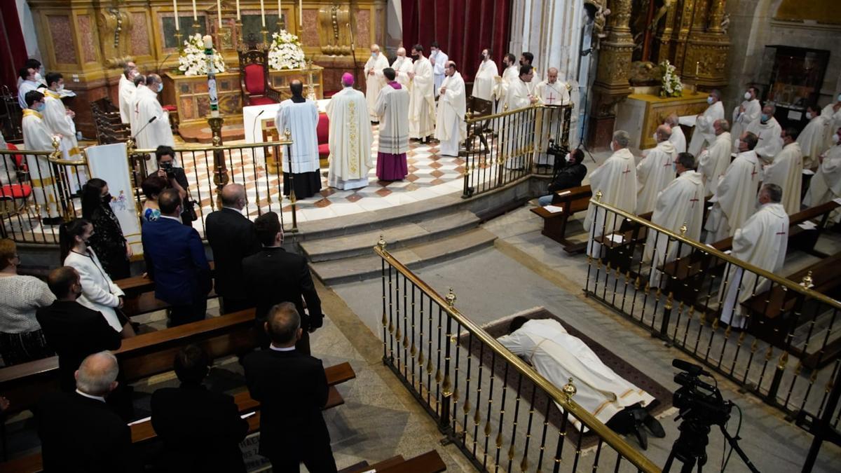 Ordenación de Juan José Carbajo en la Catedral de Zamora.
