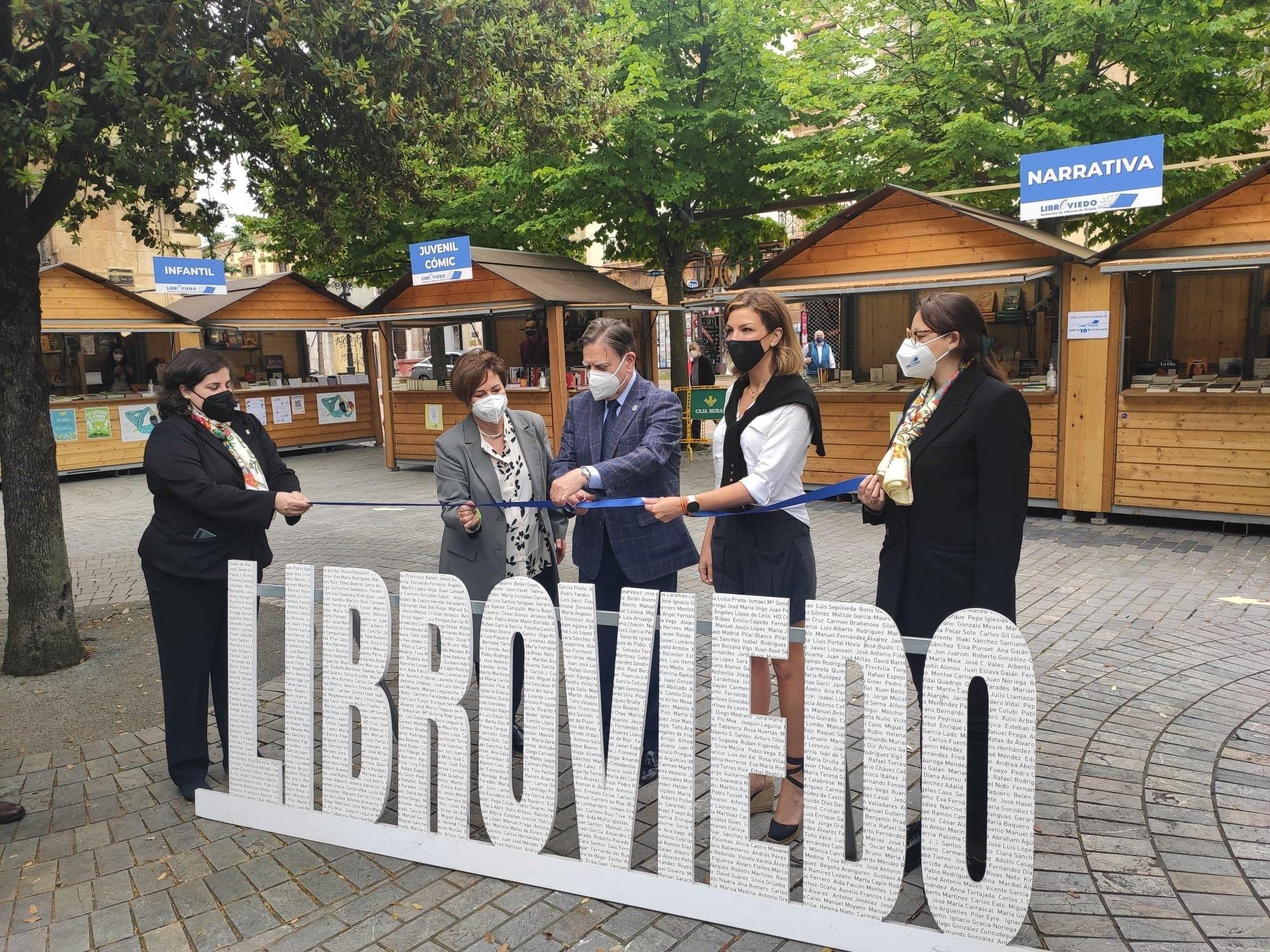 Inauguración de la feria Libroviedo