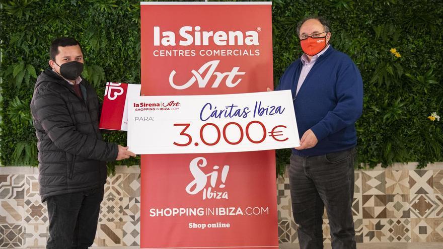 La Sirena-Art dona 3.000 euros a Cáritas Ibiza para activar un programa de ayudas a través de una 'tarjeta monedero'