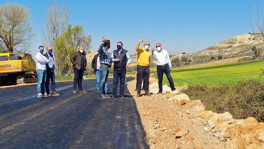 La carretera entre Corrales y Fuentelcarnero, casi terminada