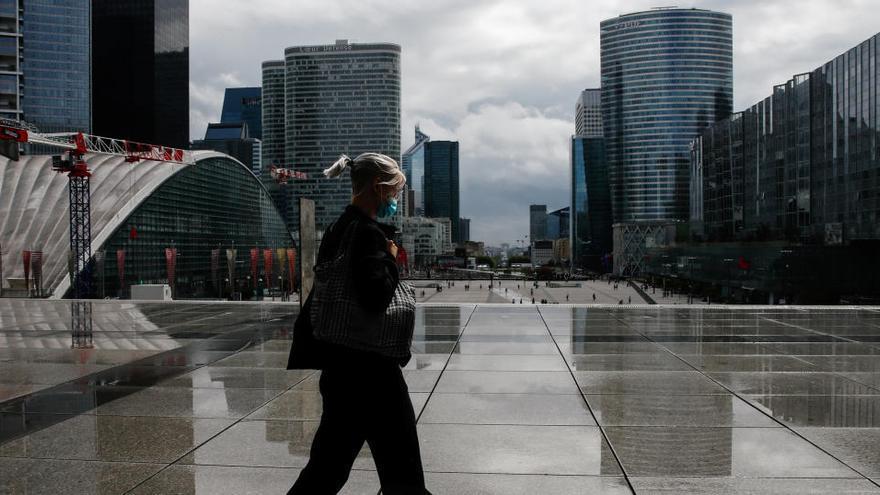 La confianza de los consumidores de la eurozona y UE sigue al alza en agosto