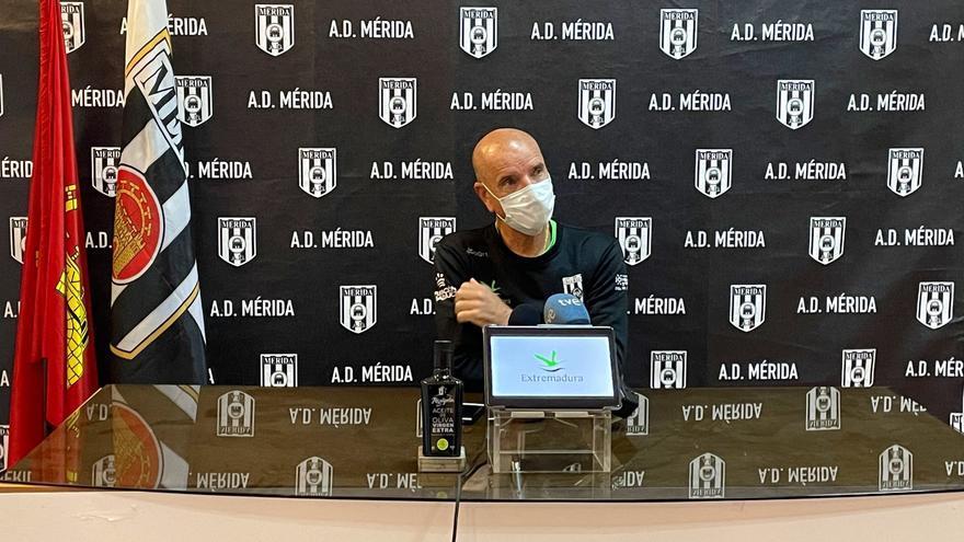 Miguel Rivera pide volver a reaccionar para que el Mérida acabe con dignidad