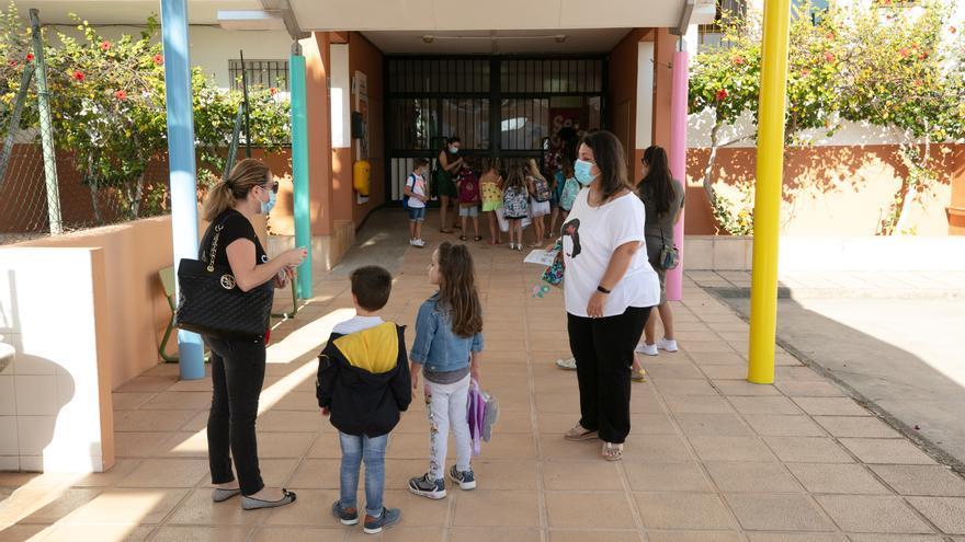 ¿Qué tengo que hacer para inscribir a mi hijo en un colegio de Ibiza y Formentera para el próximo curso?