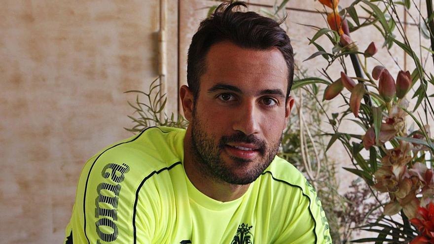 Mario Gaspar: «El Elche se ha adaptado muy bien a la categoría y va a ser un rival peligroso»