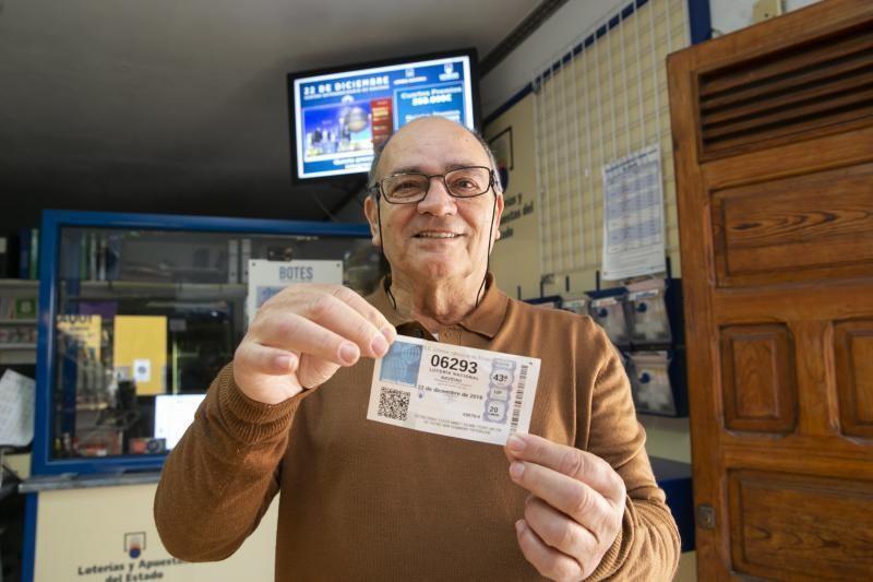 13.12.19. Las Palmas de  Gran Canaria. Lotería de Navidad. 5º premio Administración de Lomo Blanco, 37 . Foto Quique Curbelo  | 22/12/2019 | Fotógrafo: Quique Curbelo