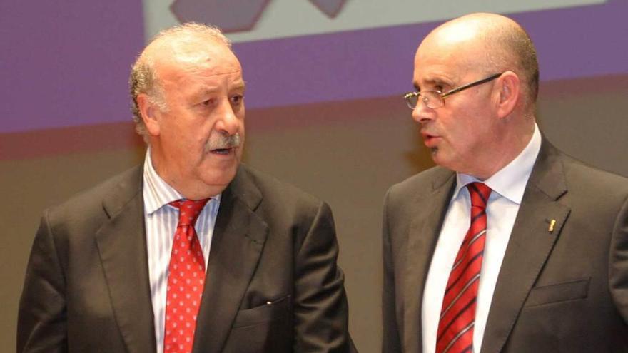 José Ramón Lobo se perfila como sucesor de Maximino Fernández al frente de la Federación Asturiana de Fútbol