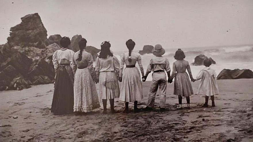 Percorríu fotográficu pela Asturies del XIX