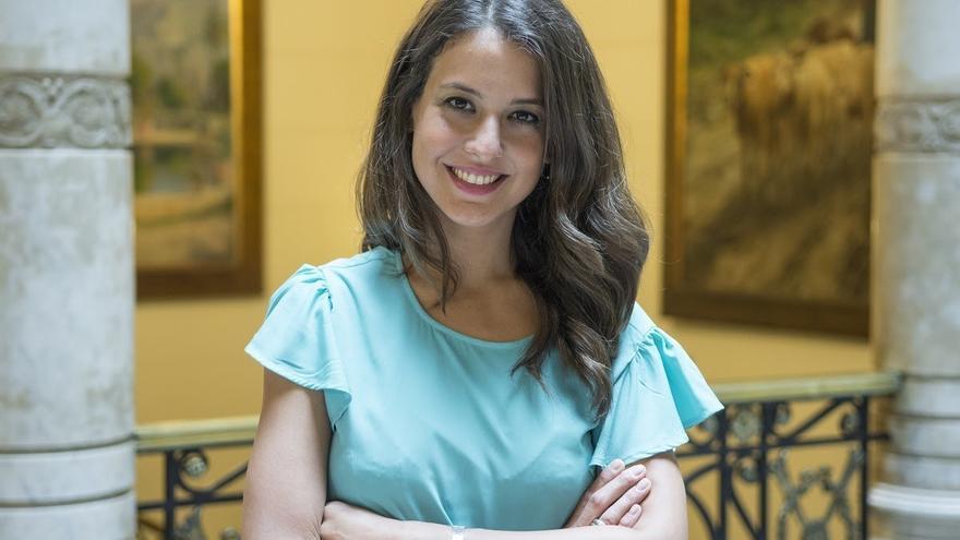Gloria Santiago, vicepresidenta del Parlament, denuncia el acoso de un hombre mientras hacía el Camino de Santiago