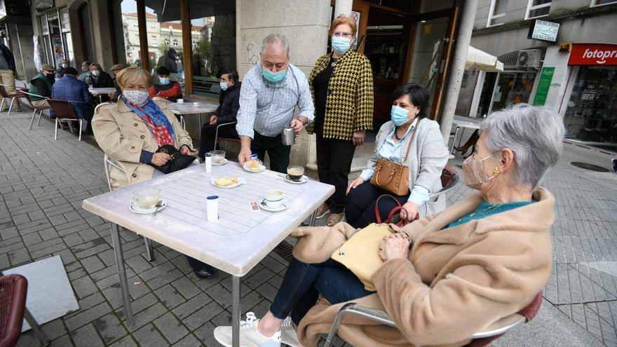 El área de Pontevedra recupera la hostelería y la movilidad tres semanas después del pico de la pandemia