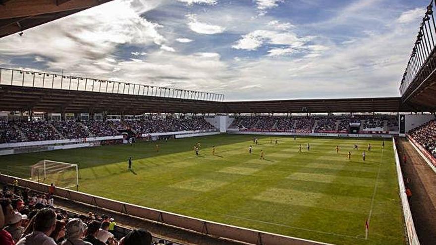 El Ruta de la Plata en un día de partido del Zamora CF.
