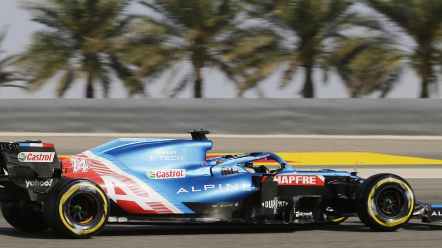 Verstappen guanya la primera «pole» i Sainz i Alonso sortiran en la vuitena i novena posició