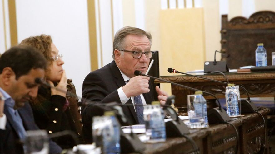 El presidente de Melilla denuncia a Edmundo Bal por llamarle corrupto