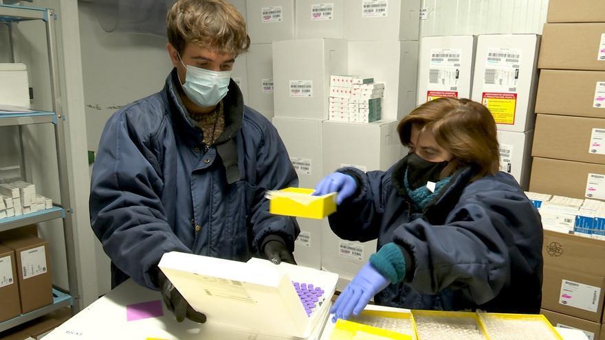 Coronavirus: Abren una bolsa de trabajo de enfermeras jubiladas o sin actividad para acelerar la vacunación